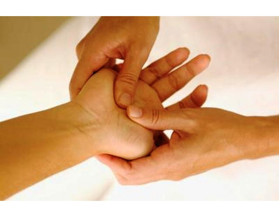ACUPRESSURE FOR COMMON ALIGNMENTS
